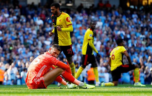 M.C 'làm gỏi' Watford bằng chiến thắng '8 sao' - Ảnh 3.