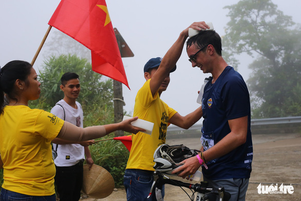 Gần 200 tay đua tham gia thử thách đạp xe leo núi Bạch Mã - Ảnh 8.