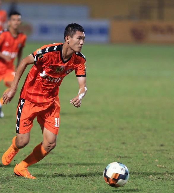 Sân Hòa Xuân: Chiến thắng nhọc nhằn của SHB Đà Nẵng - Ảnh 2.
