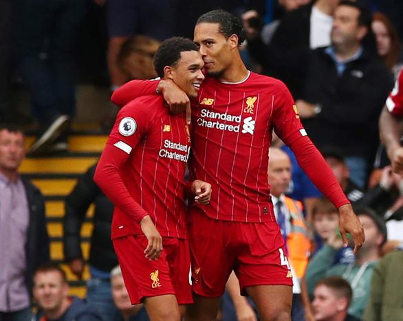 Bị VAR hủy bàn thắng, Chelsea gục ngã trước Liverpool - Ảnh 1.