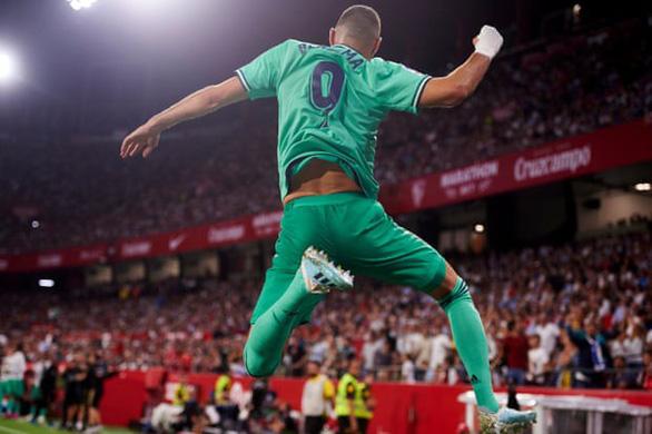 Benzema lập công đưa Real Madrid lên nhì bảng - Ảnh 1.