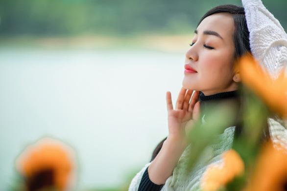 Hà Vân hát về Đà Lạt  với album Thành phố sương mù - Ảnh 1.
