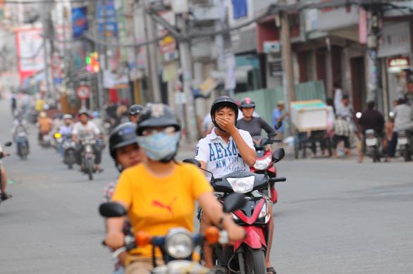 TP.HCM mấy ngày nay ô nhiễm do cháy rừng từ Indonesia? - Ảnh 1.