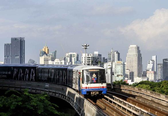 Den luot Thai Lan can nhac doi do khoi Bangkok