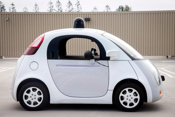 Nhật Bản cho phép xe tự hành tham gia giao thông - Ảnh 1.