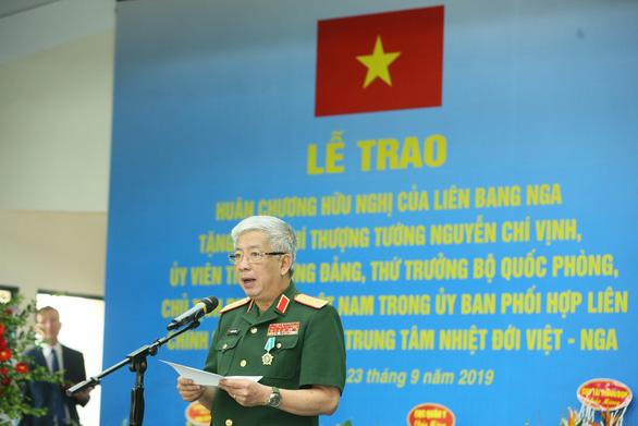 Thượng tướng Nguyễn Chí Vịnh nhận Huân chương Hữu nghị của Liên bang Nga - Ảnh 2.