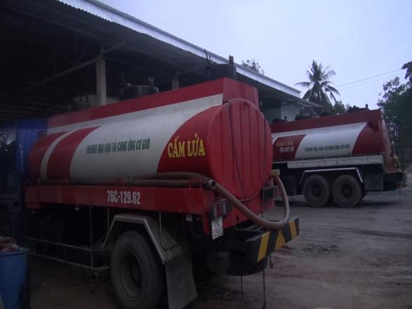 Vụ đường dây dầu DO giả ở Quảng Ngãi: Khen thưởng lực lượng công an - Ảnh 2.