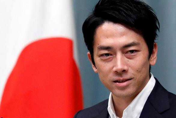 Bộ trưởng 38 tuổi bị phản ứng mạnh vì muốn chống biến đổi khí hậu... sexy và cool - Ảnh 1.