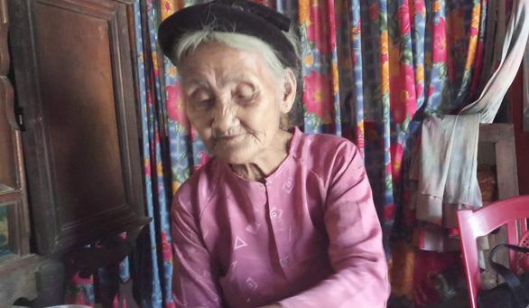 Cụ bà 83 tuổi có 11 người con, tự đạp xe lên xã xin… thoát nghèo - Ảnh 2.