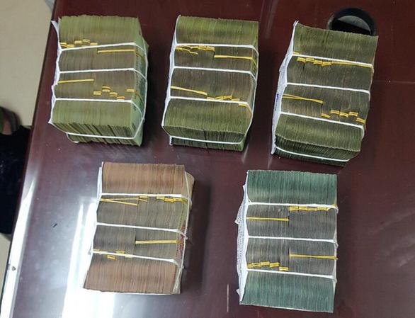 Bộ Công an phá đường dây đánh bạc qua mạng hơn 1.000 tỉ đồng - Ảnh 2.