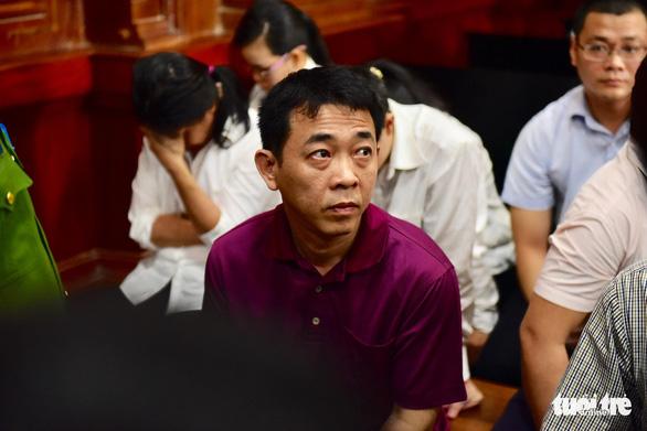 Thứ trưởng Bộ Y tế lại không đến phiên tòa VN Pharma - Ảnh 4.