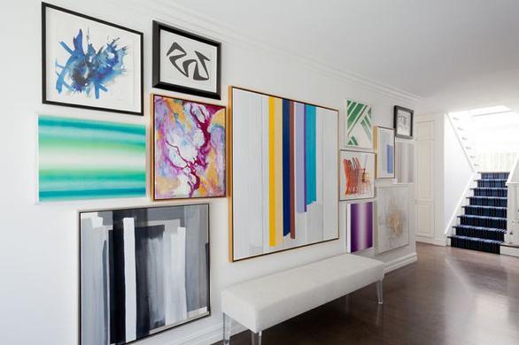 Biến những bức tường trắng tẻ nhạt thành thiết kế nghệ thuật đặc sắc - Ảnh 1.