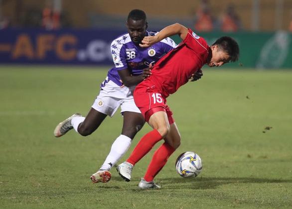 Phung phí cơ hội, Hà Nội FC bị 4.25 SC cầm chân ở AFC Cup - Ảnh 1.