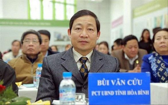 Cảnh cáo phó chủ tịch tỉnh Hòa Bình vụ gian lận thi cử - Ảnh 1.