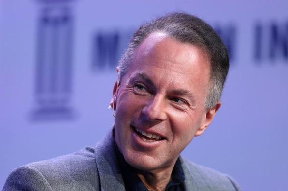 CEO của eBay từ chức - Ảnh 1.