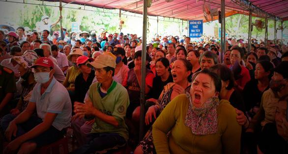 Căng thẳng đối thoại rác thải ở Quảng Ngãi - Ảnh 6.