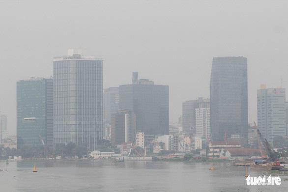 Công bố nguyên nhân ô nhiễm không khí tại TP.HCM - Ảnh 1.
