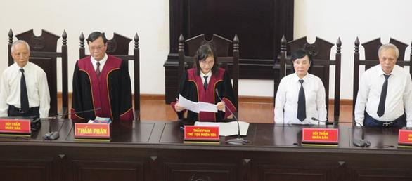 Cựu thứ trưởng Lê Bạch Hồng lĩnh 6 năm tù, bồi thường 150 tỉ - Ảnh 2.