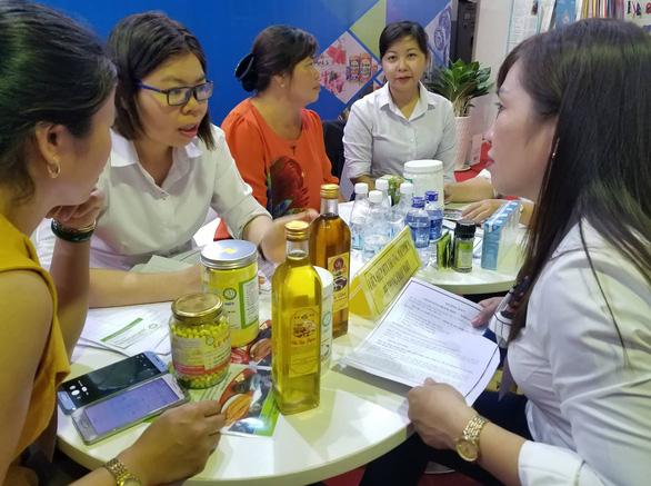 Hàng ngàn sản vật của 45 tỉnh thành ê hề trước mắt người Sài Gòn - Ảnh 11.