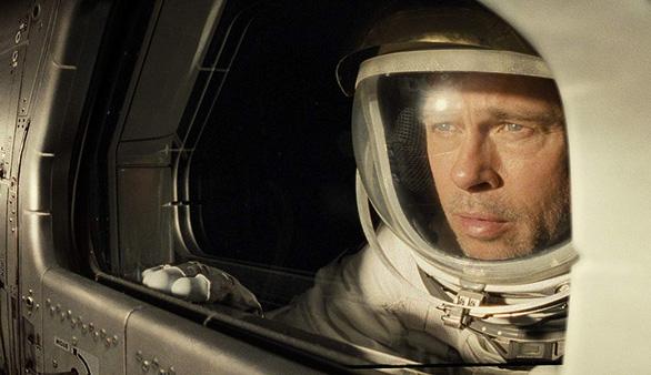 Ad Astra của Brad Pitt: Đến rìa vũ trụ hay đi tìm chính mình? - Ảnh 1.