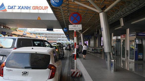 Giao thông nội bộ sân bay Tân Sơn Nhất được tổ chức lại ra sao? - Ảnh 1.