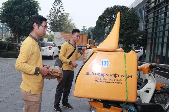 18.000 vé trận Việt Nam - Malaysia bắt đầu đến tay người hâm mộ - Ảnh 2.