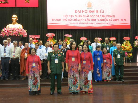 Thiếu tướng Trần Ngọc Thổ tái đắc cử chủ tịch Hội Nạn nhân chất độc da cam/dioxin TP.HCM - Ảnh 1.