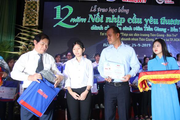 86 suất học bổng đến với tân sinh viên khó khăn Bến Tre, Tiền Giang - Ảnh 8.