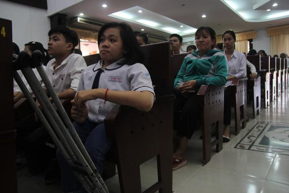 86 suất học bổng đến với tân sinh viên khó khăn Bến Tre, Tiền Giang - Ảnh 9.