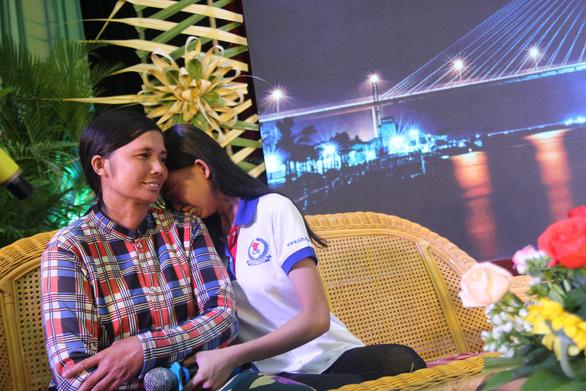 86 suất học bổng đến với tân sinh viên khó khăn Bến Tre, Tiền Giang - Ảnh 1.