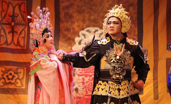 Sài Gòn chơi đẹp: miễn phí 2 lần/tháng ở Nhà hát cải lương Trần Hữu Trang - Ảnh 1.