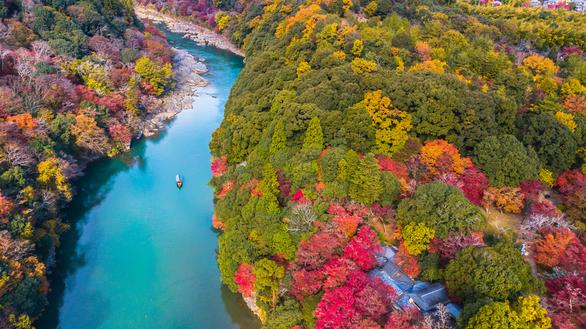 9 địa điểm tha hồ ngắm mùa thu ở châu Á - Ảnh 2.