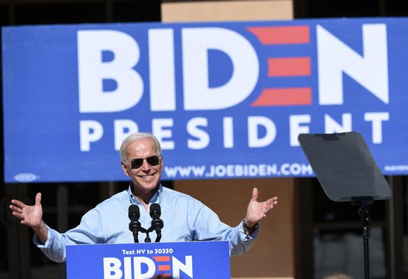 Cơ quan chống tham nhũng Ukraine nói cha con ông Biden không liên quan - Ảnh 1.