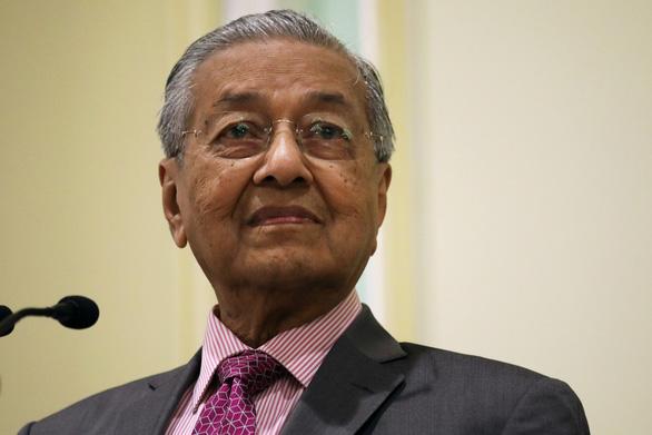 Làm việc 18 tiếng/ngày, bí quyết sống khỏe của Thủ tướng Mahathir là gì? - Ảnh 1.