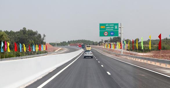 Thông xe đoạn Bắc Giang - Chi Lăng của đường cao tốc Bắc Giang - Lạng Sơn - Ảnh 2.