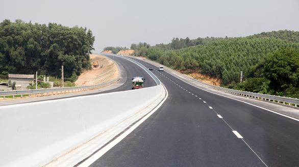 Thông xe đoạn Bắc Giang - Chi Lăng của đường cao tốc Bắc Giang - Lạng Sơn - Ảnh 3.