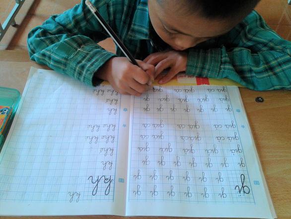 Sách Công nghệ giáo dục: Bộ GD-ĐT trả lời, PGS Nguyễn Kế Hào tiếp tục kiến nghị - Ảnh 1.