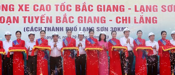Thông xe đoạn Bắc Giang - Chi Lăng của đường cao tốc Bắc Giang - Lạng Sơn - Ảnh 1.
