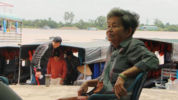 Nữ tướng đưa đò đất Cồn Sơn - Ảnh 1.