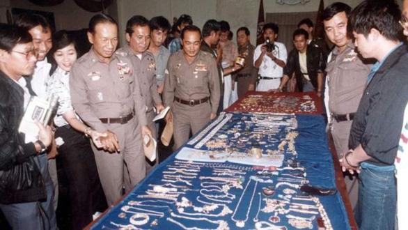 Bí ẩn viên kim cương xanh bị đánh cắp của ông hoàng Saudi - Ảnh 3.