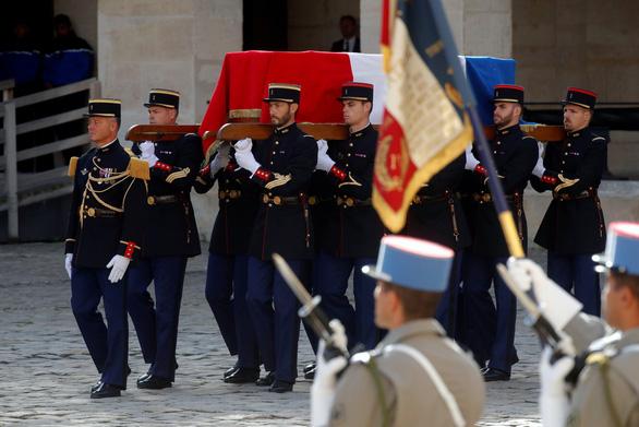 Vì sao Mỹ để 3 ngày mới chia buồn lễ tang Chirac? - Ảnh 1.
