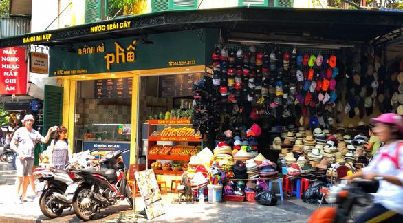 Dự kiến cấm đường quanh hồ Hoàn Kiếm, dân kinh doanh lo lắng - Ảnh 4.