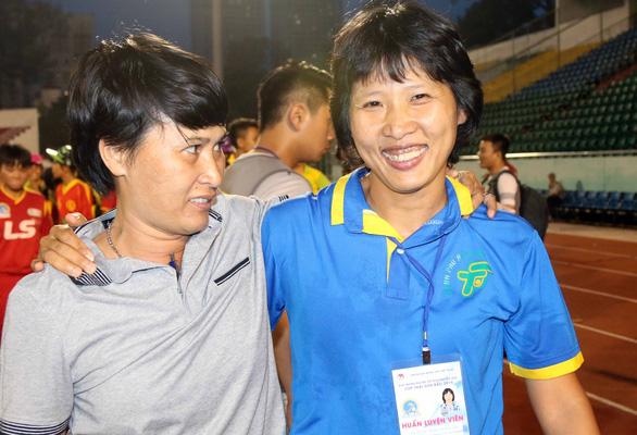 Kim Chi có chức vô địch quốc gia thứ 4 cùng CLB nữ TP.HCM I - Ảnh 2.