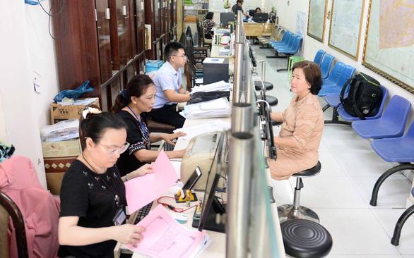 Báo chí đồng hành cùng TP trong cải cách hành chính - Ảnh 1.