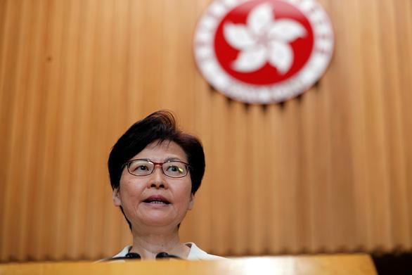 Bà Carrie Lam nêu 4 giải pháp, trong đó chính thức rút dự luật dẫn độ - Ảnh 1.
