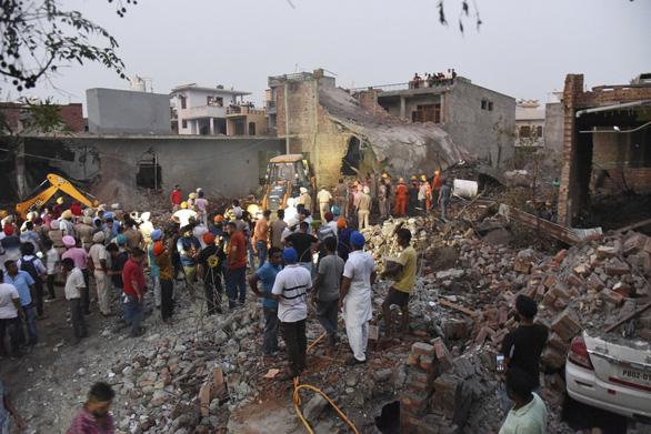 Nổ nhà máy pháo hoa ở Ấn Độ, 22 người thiệt mạng - Ảnh 1.