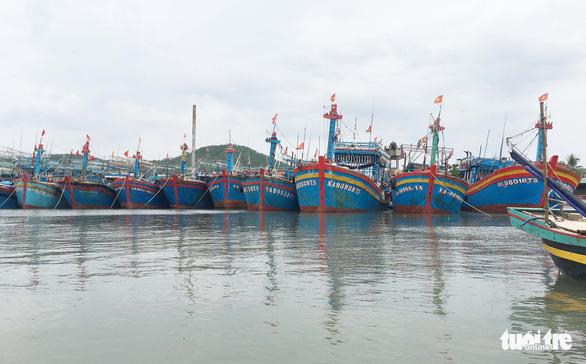 Tàu cá Nghệ An chìm ở Quảng Bình, 6 ngư dân mất tích - Ảnh 1.