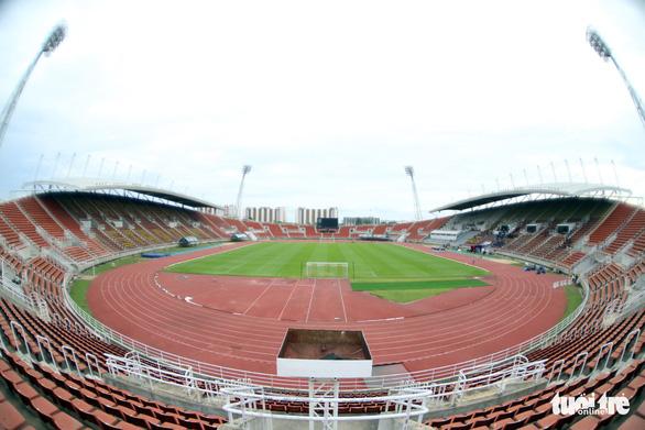 Nhận diện sân Thammasat nơi Thái Lan và Việt Nam quyết đấu - Ảnh 5.