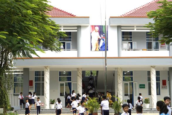 Bình Dương xây nhiều trường học mới cho con em người lao động - Ảnh 2.