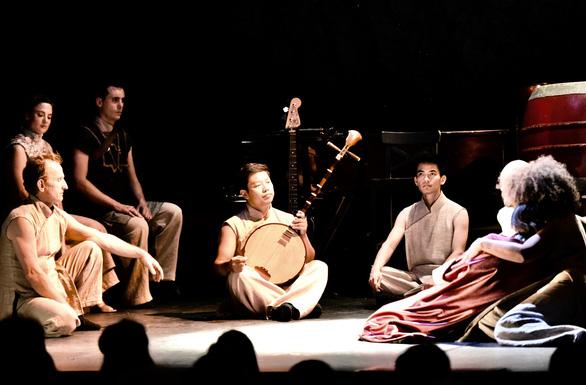 Nhạc kịch Kim Vân Kiều bằng tiếng Pháp lần đầu công diễn tại Việt Nam - Ảnh 3.